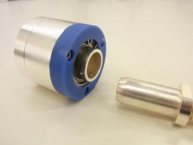 水銀不使用のロータリーコネクタ(1極300A)